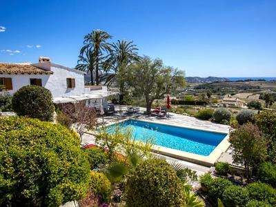 b2 faina: Villa in Moraira