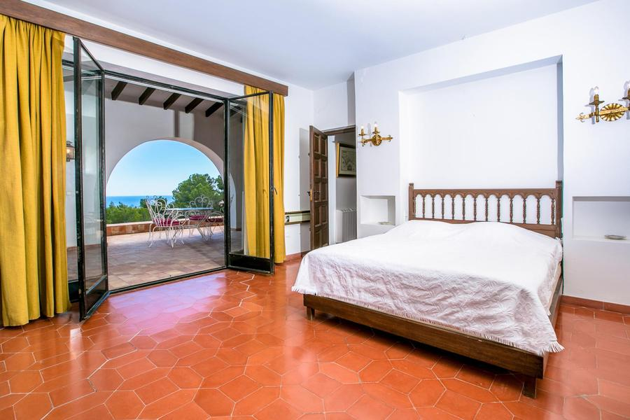 4 Bedroom Calpe Villa