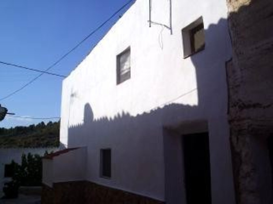 9 Bedroom Village House in Albacete