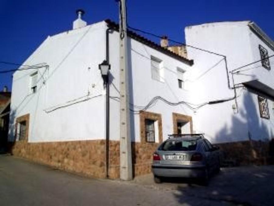 6 Bedroom Village House in Albacete