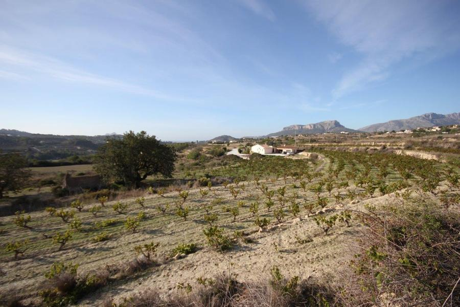 Benissa 4 Bedroom Finca / Country Property